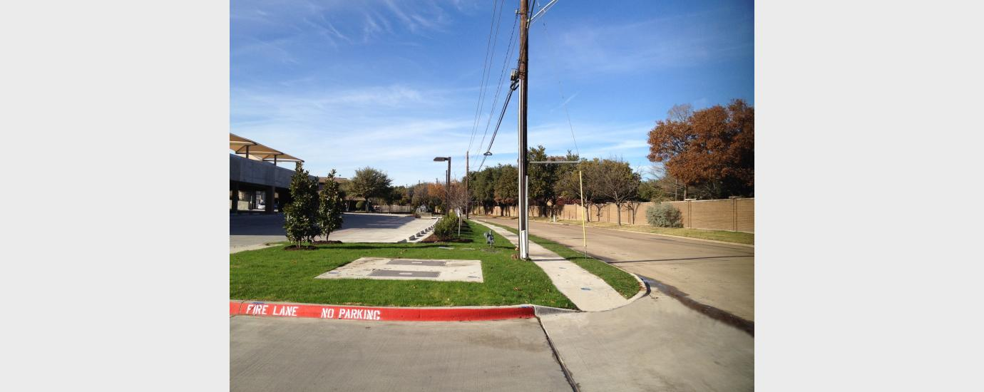 Knoll Trail Plaza